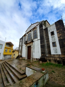 Abandoned church in Cascais